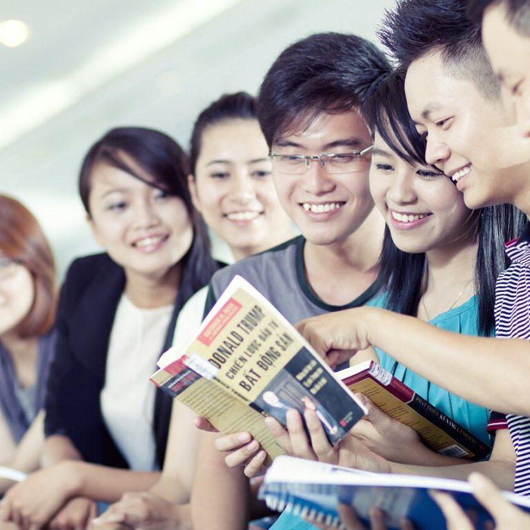 BMG Business Training – Đơn vị tiên phong mang thị trường vào lớp học